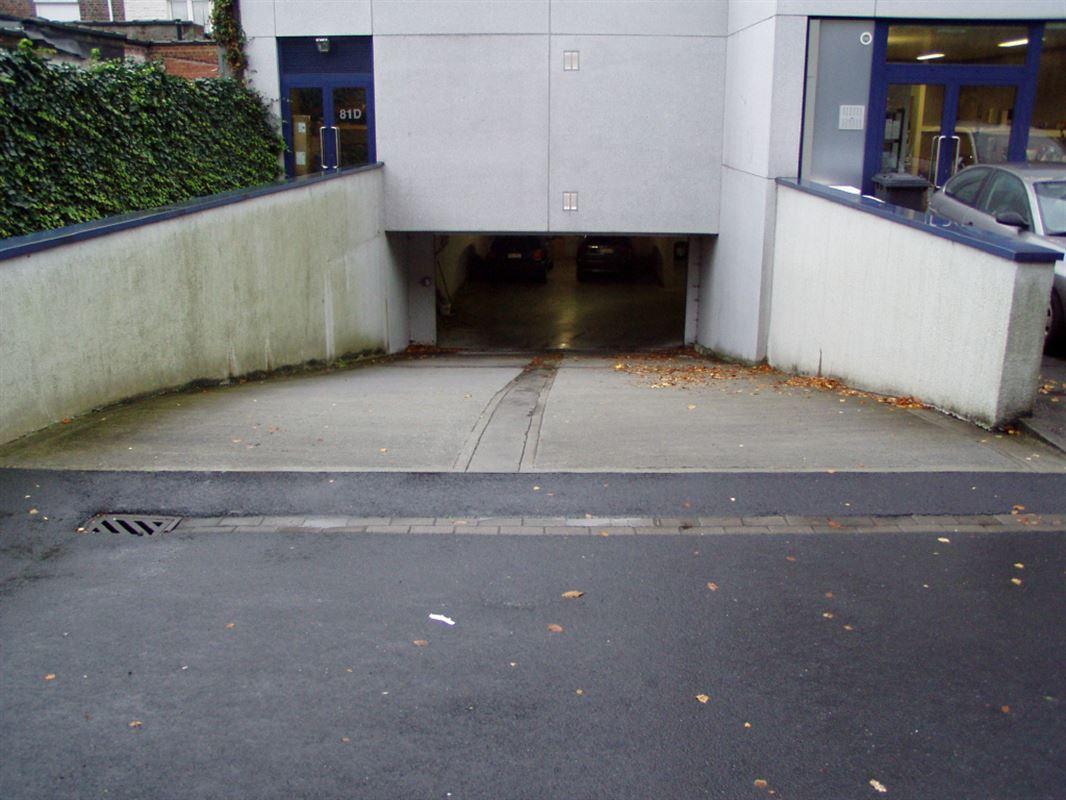 Foto 1 : Garage te 8500 KORTRIJK (België) - Prijs € 82