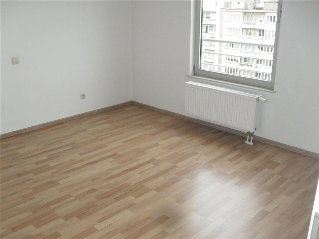 Foto 8 : Appartement te 1080 SINT-JANS-MOLENBEEK (België) - Prijs € 263.000
