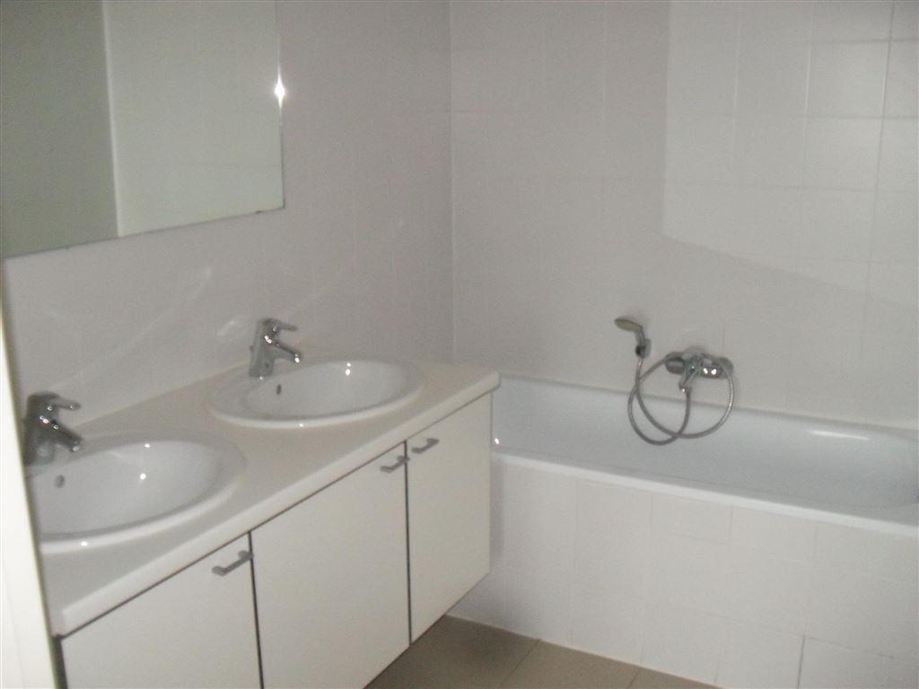 Foto 13 : Appartement te 1080 SINT-JANS-MOLENBEEK (België) - Prijs € 263.000