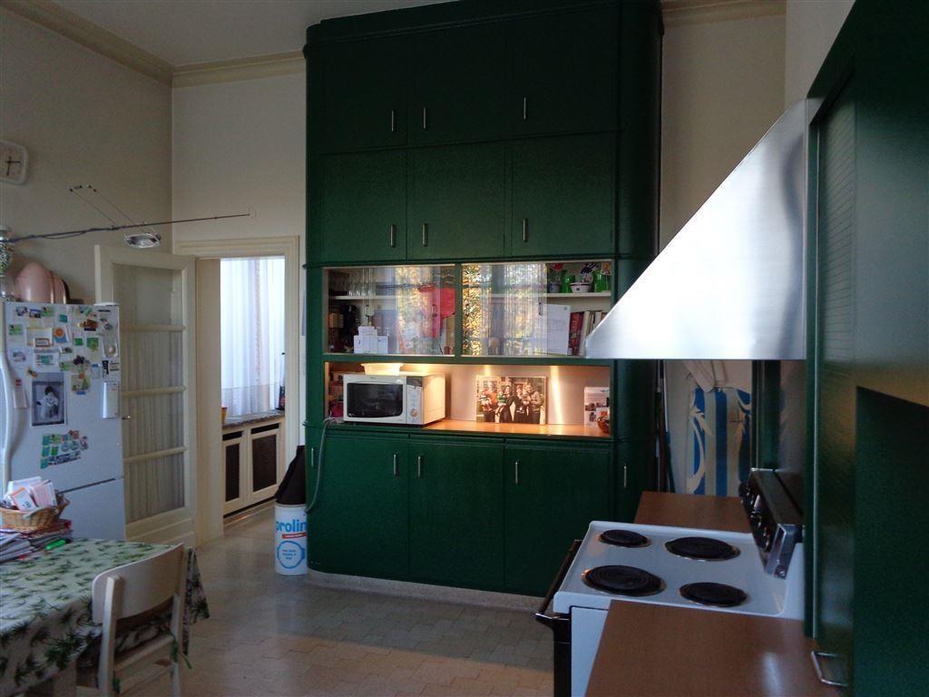 Foto 6 : Huis te 8550 ZWEVEGEM (België) - Prijs € 698.000