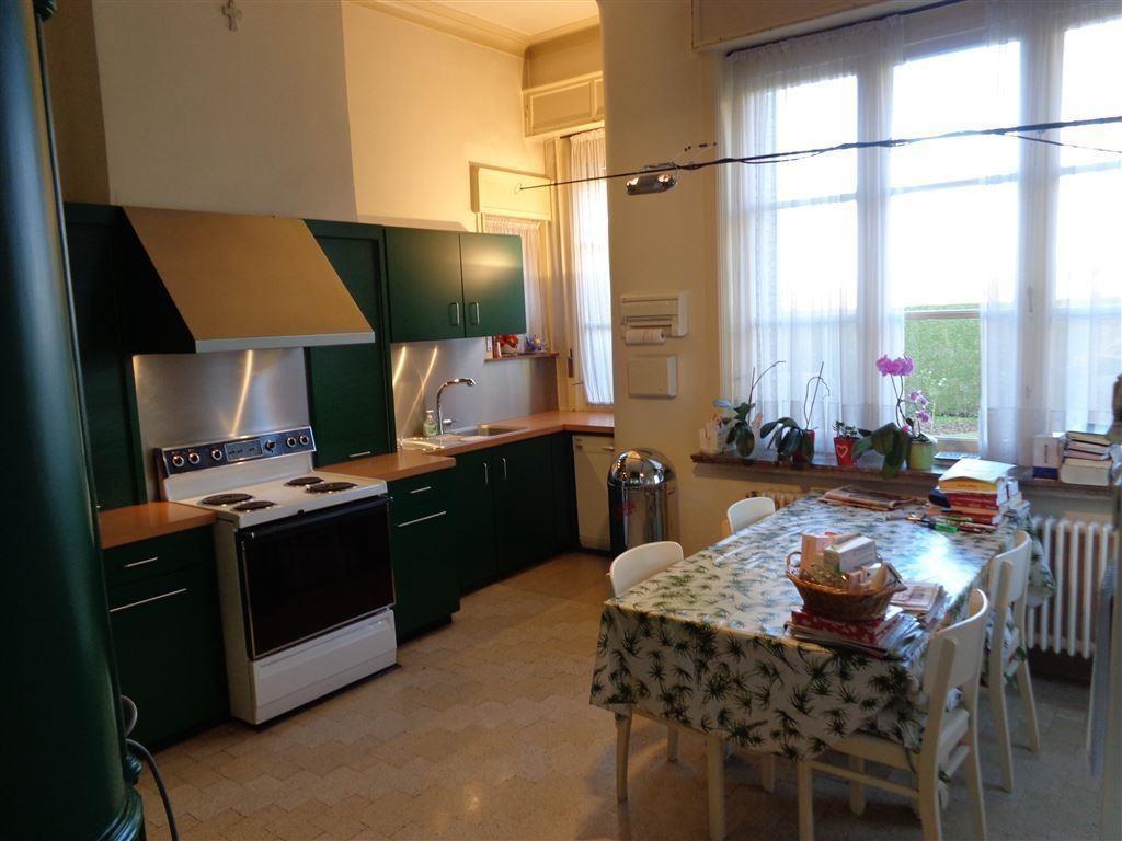 Foto 7 : Huis te 8550 ZWEVEGEM (België) - Prijs € 698.000