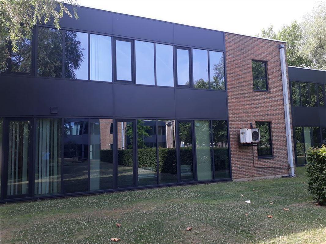 Foto 2 : Burelen te 8500 KORTRIJK (België) - Prijs € 350.000