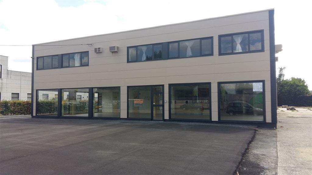 Foto 6 : Werkplaats te 9230 WETTEREN (België) - Prijs € 3.250