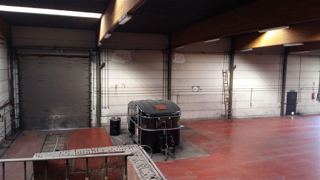 Foto 9 : Werkplaats te 9230 WETTEREN (België) - Prijs € 3.250