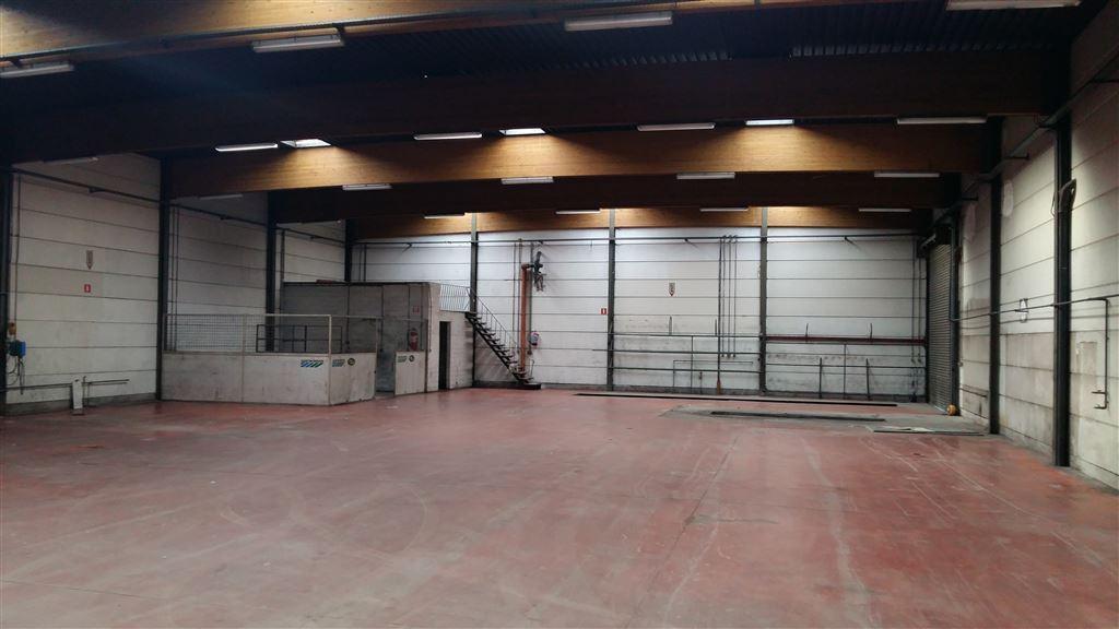 Foto 12 : Werkplaats te 9230 WETTEREN (België) - Prijs € 3.250