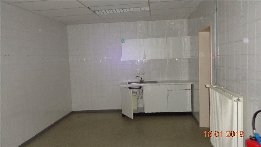 Foto 7 : Commercieel vastgoed te 8540 DEERLIJK (België) - Prijs € 1.800