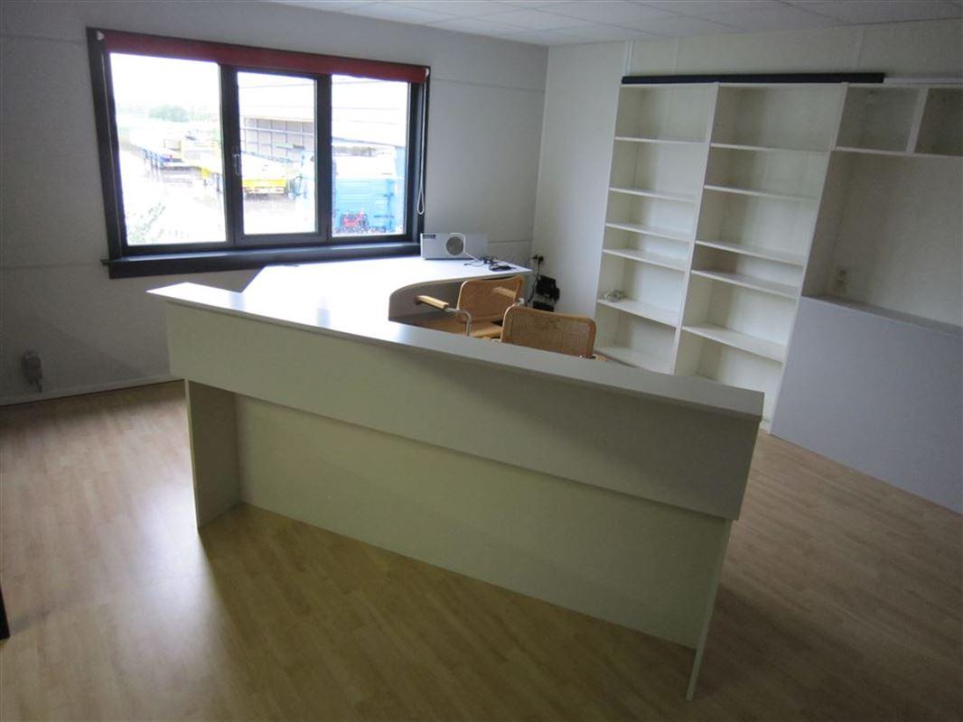 Foto 6 : Bedrijfsgebouwen te 9940 EVERGEM (België) - Prijs € 1.432