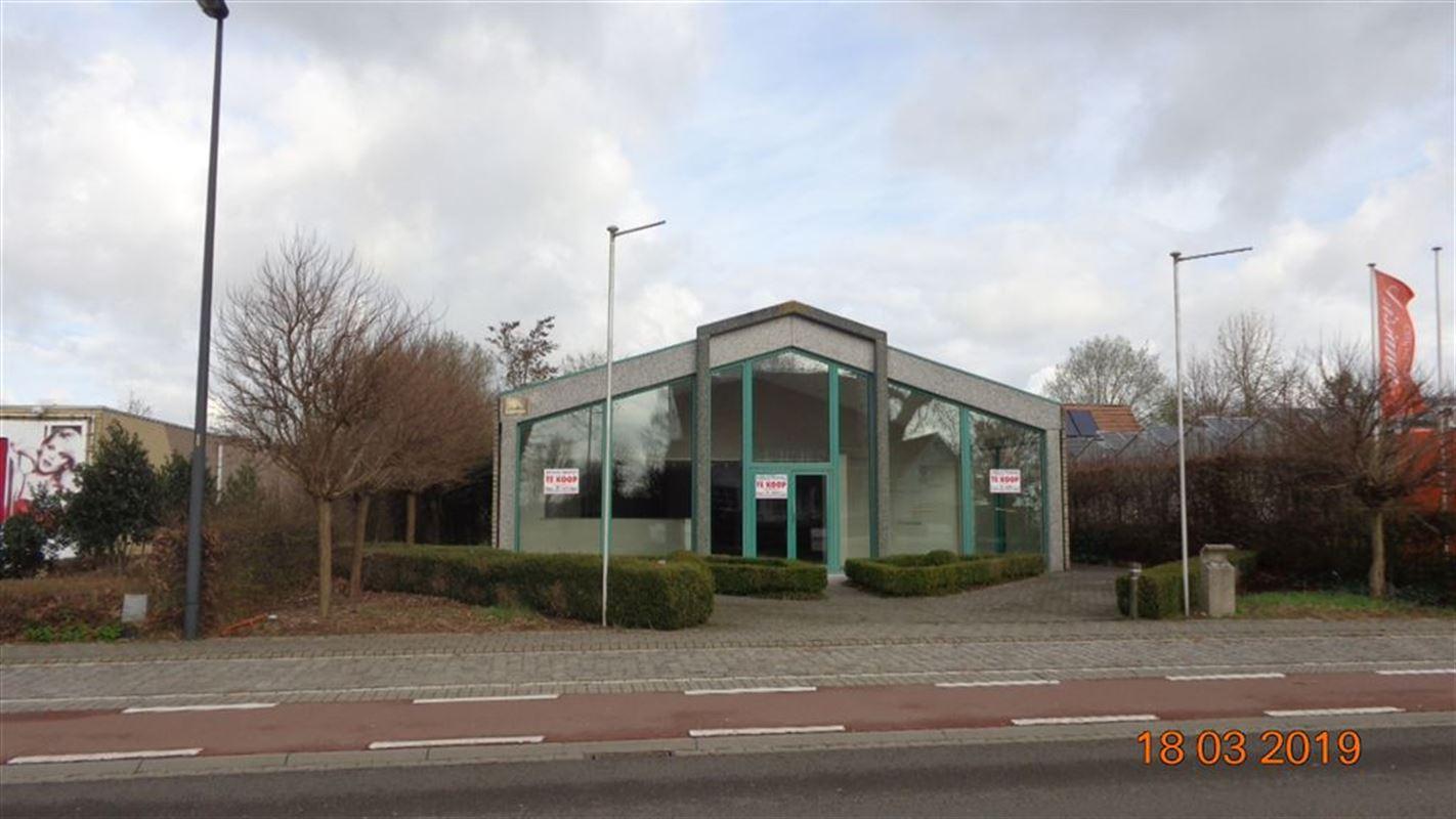 Foto 1 : Werkplaats te 8560 WEVELGEM (België) - Prijs € 398.500