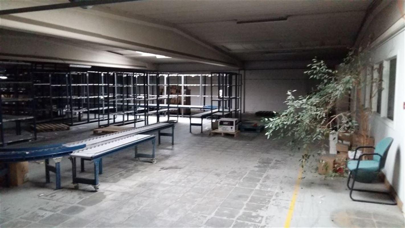 Foto 8 : Bedrijfsgebouwen te 9620 OOMBERGEN (België) - Prijs € 780.000