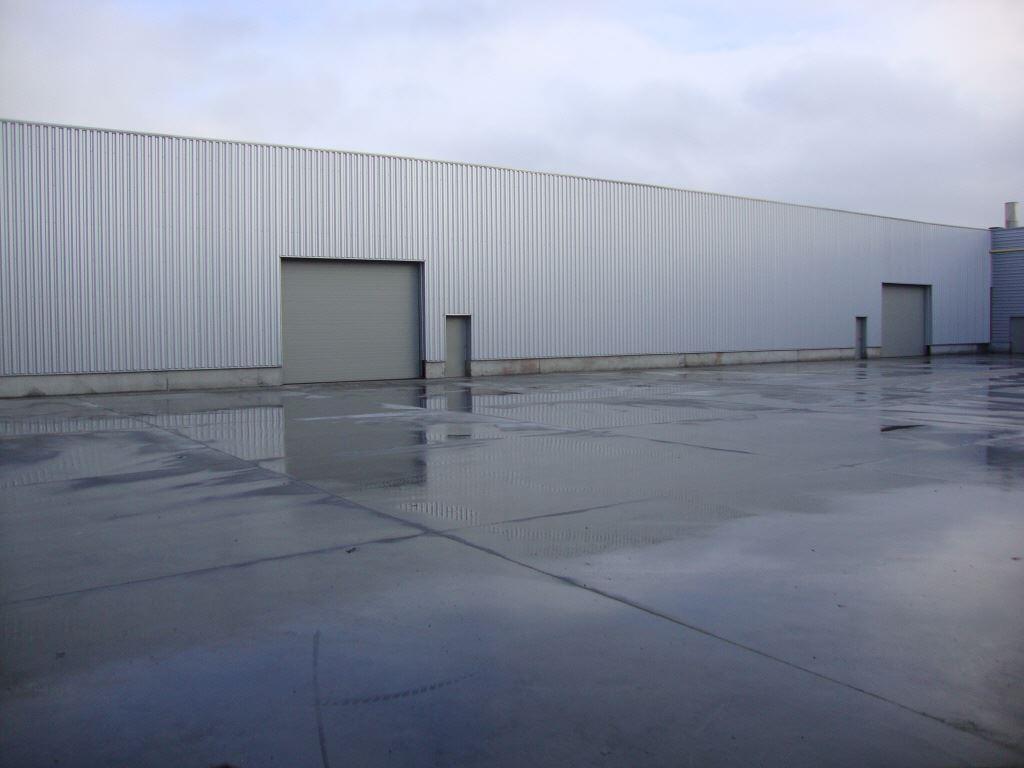 Foto 1 : Bedrijfsgebouwen te 7700 MOESKROEN (België) - Prijs € 2.400
