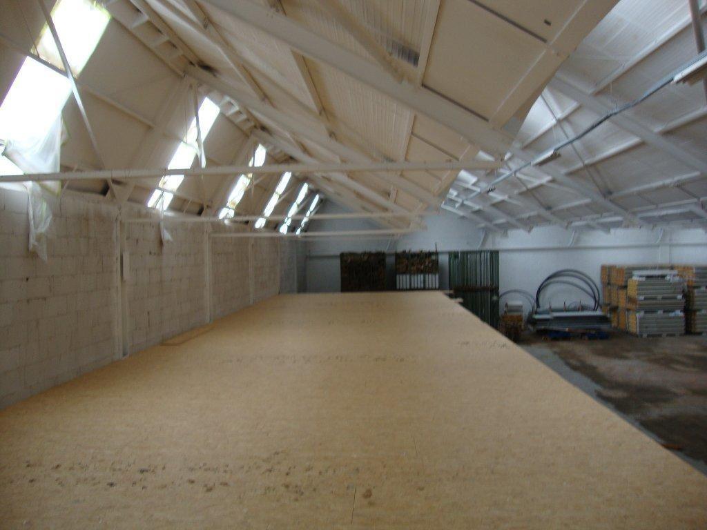 Foto 6 : Bedrijfsgebouwen te 7700 MOESKROEN (België) - Prijs € 2.400