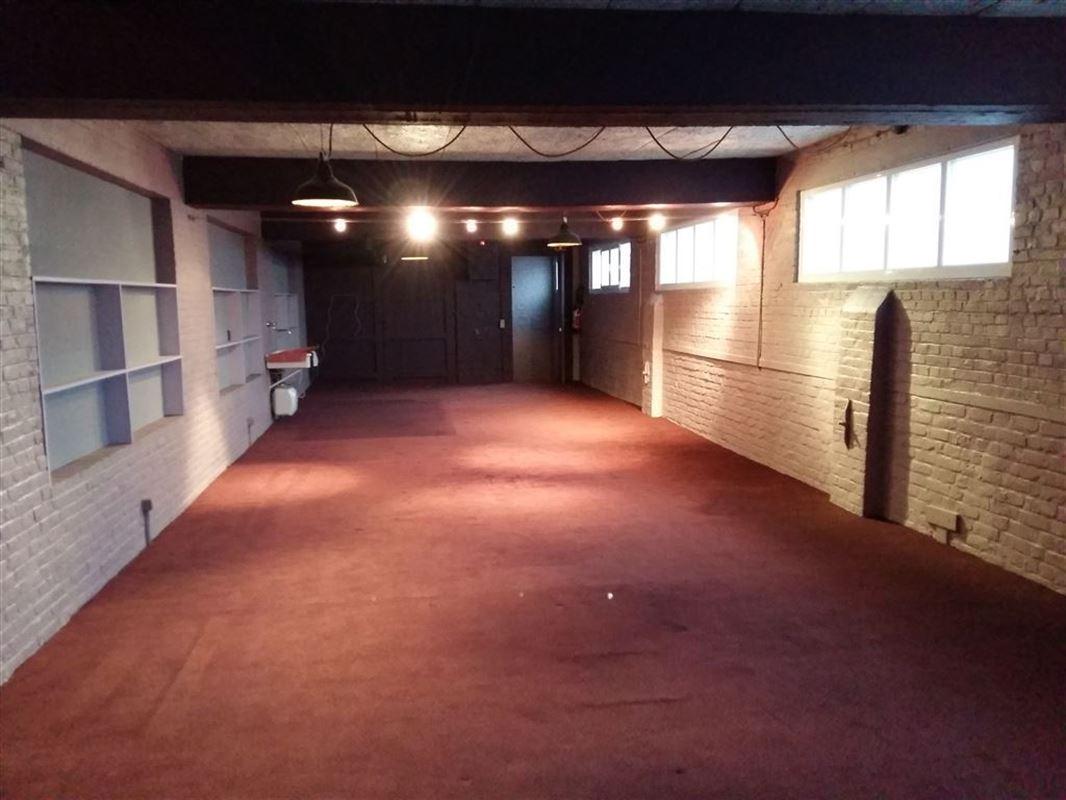 Foto 1 : Showroom te 9600 RONSE (België) - Prijs € 250