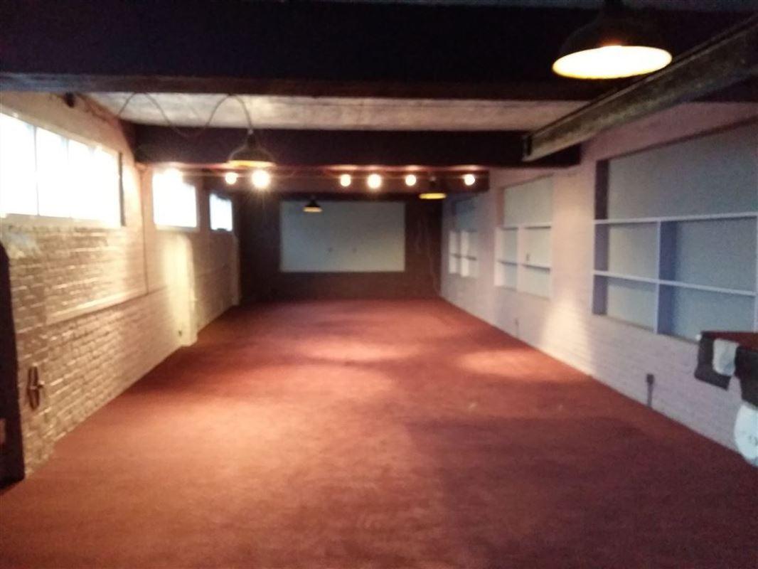 Foto 9 : Showroom te 9600 RONSE (België) - Prijs € 250