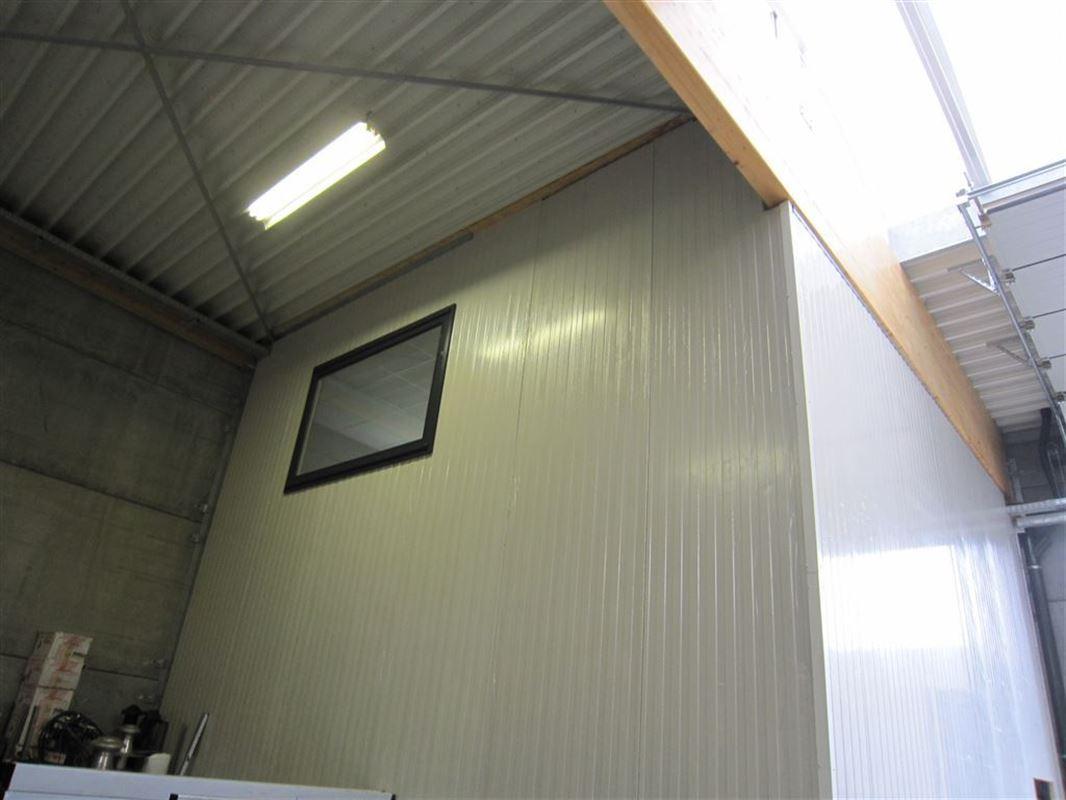 Foto 12 : Bedrijfsgebouwen te 9940 EVERGEM (België) - Prijs € 1.432