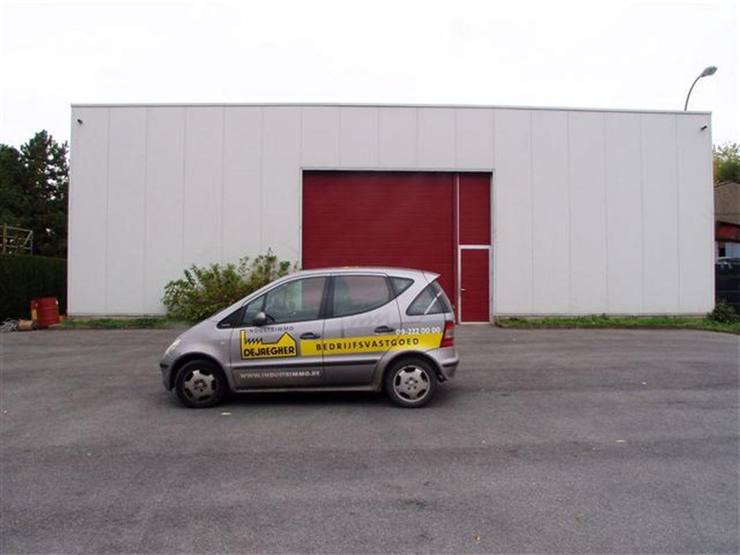 Foto 1 : Bedrijfsgebouwen te 9340 OORDEGEM (België) - Prijs € 1.650