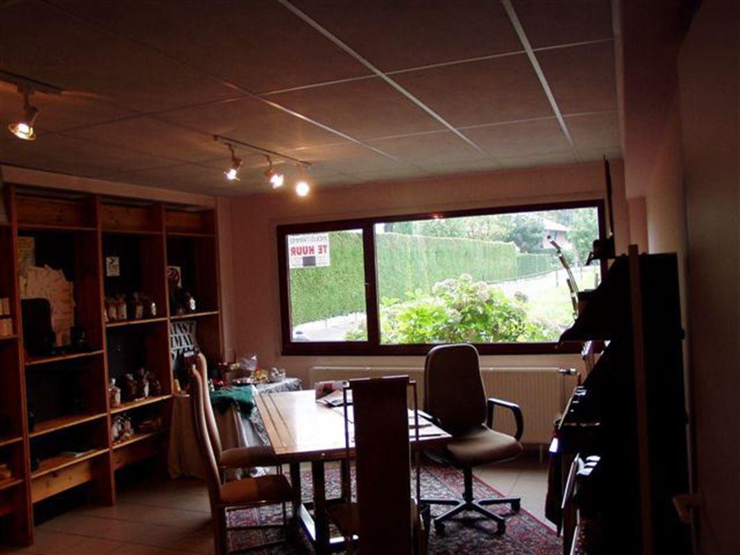 Foto 9 : Bedrijfsgebouwen te 9340 OORDEGEM (België) - Prijs € 1.650