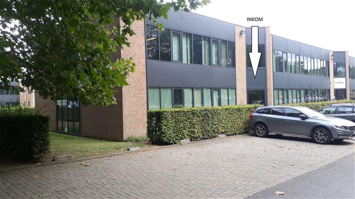 Foto 2 : Burelen te 8500 KORTRIJK (België) - Prijs € 330