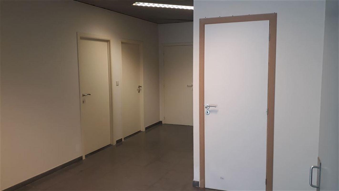 Foto 5 : Burelen te 8500 KORTRIJK (België) - Prijs € 330
