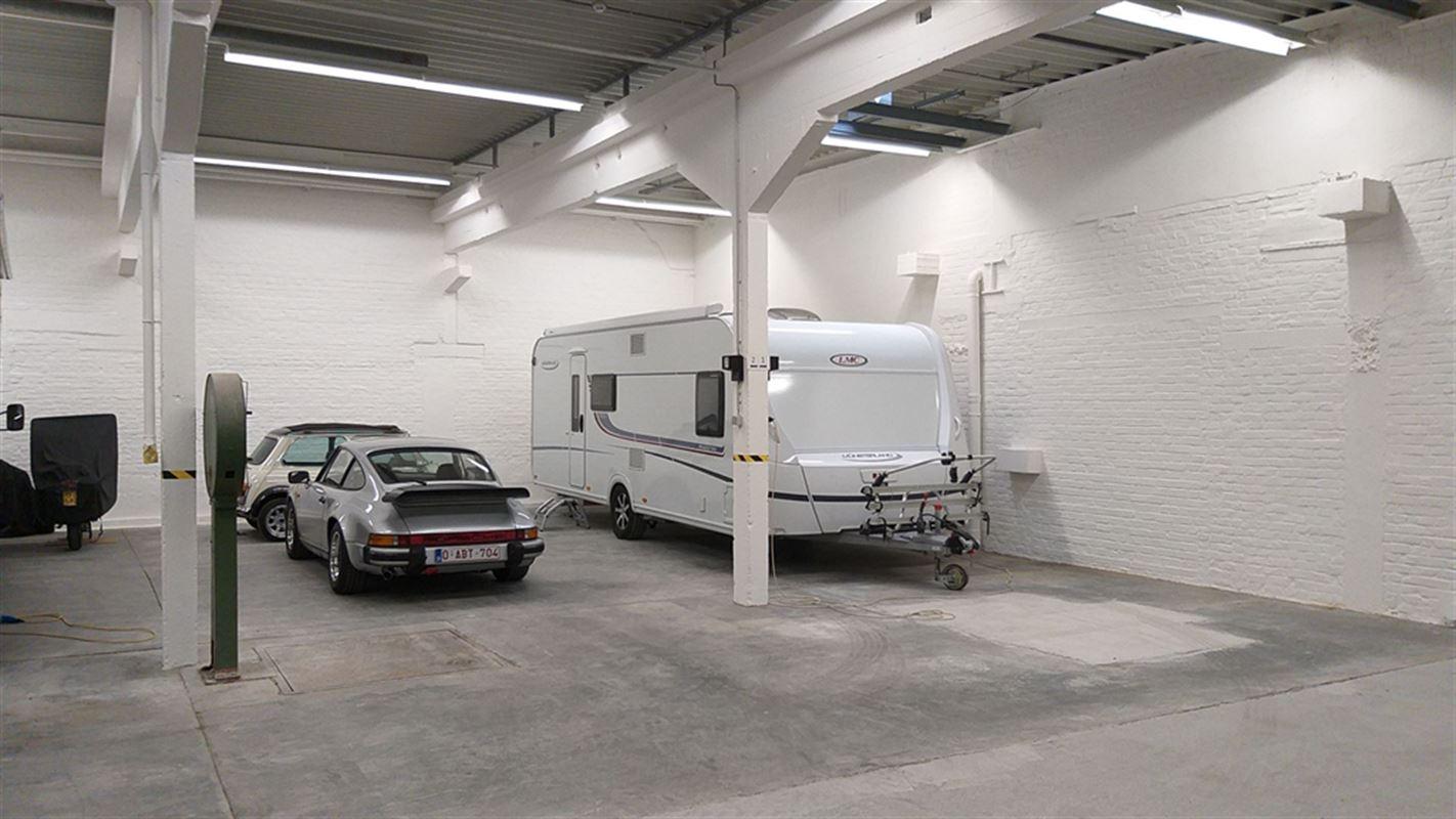 Foto 4 : Garage te 8501 HEULE (België) - Prijs € 95