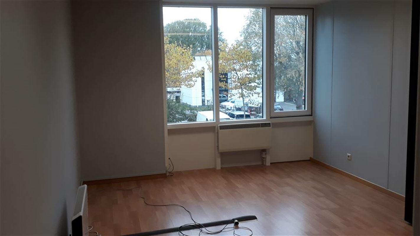 Foto 6 : Burelen te 8500 KORTRIJK (België) - Prijs € 175.000