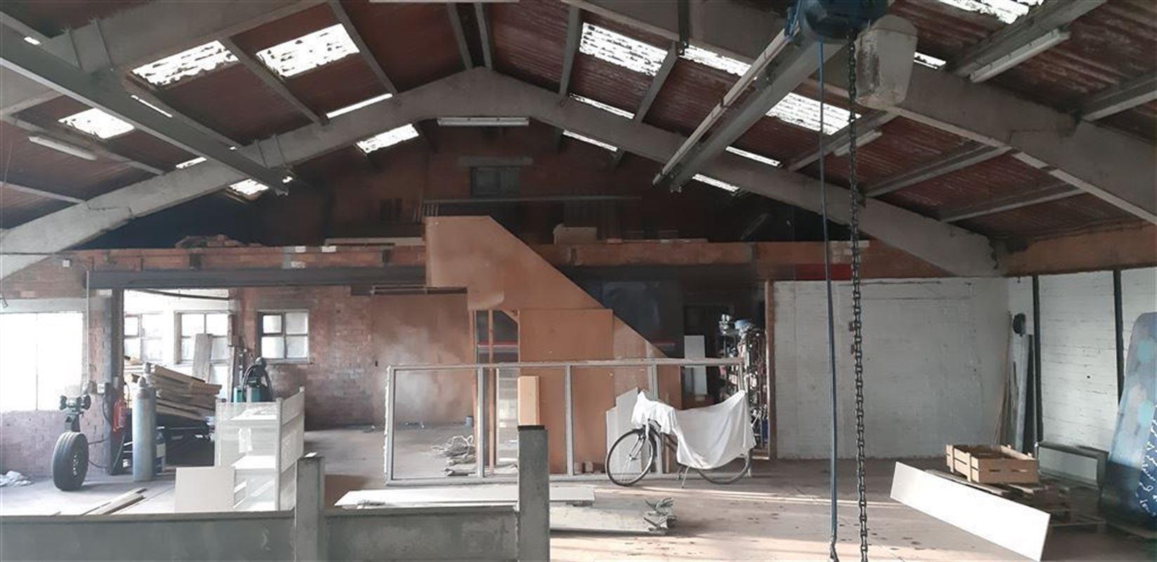 Foto 1 : Magazijn te 9982 WATERVLIET (België) - Prijs € 600