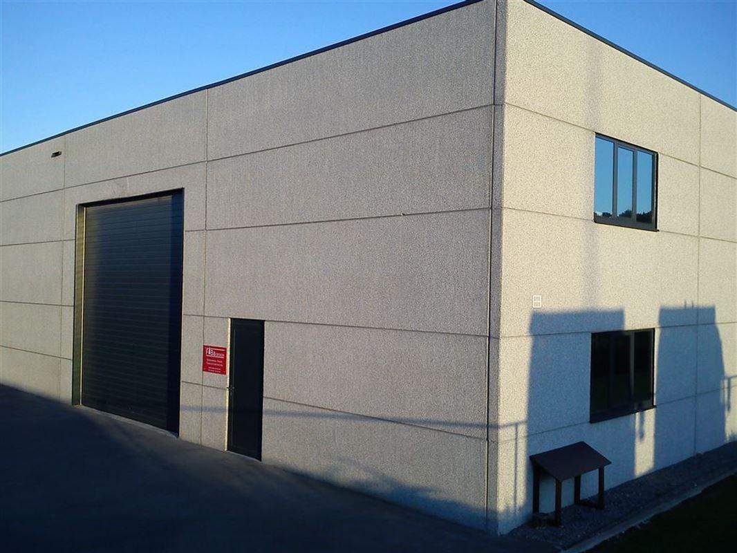 Foto 1 : Bedrijfsgebouwen te 9940 EVERGEM (België) - Prijs € 1.445