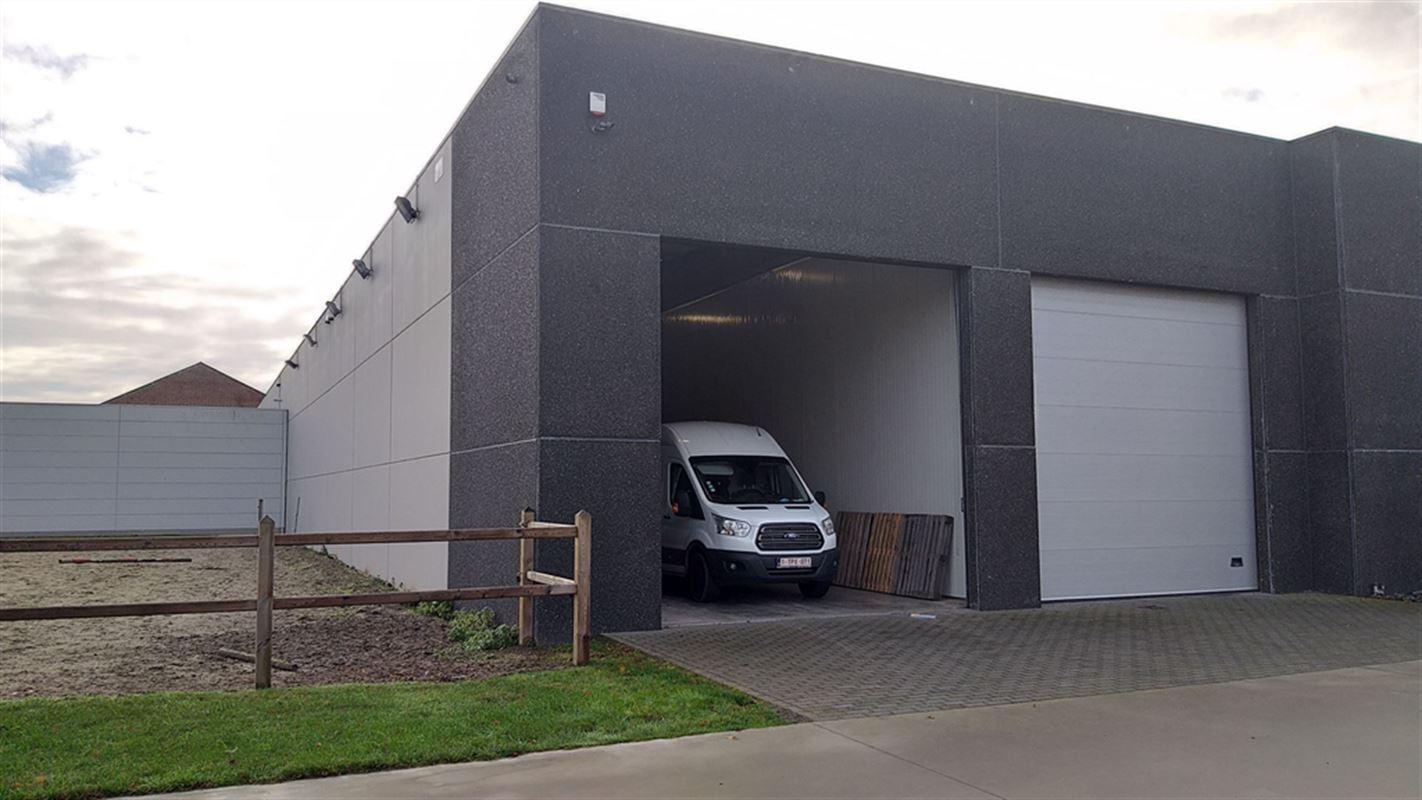 Foto 1 : Magazijn te 8793 SINT-ELOOIS-VIJVE (België) - Prijs € 450
