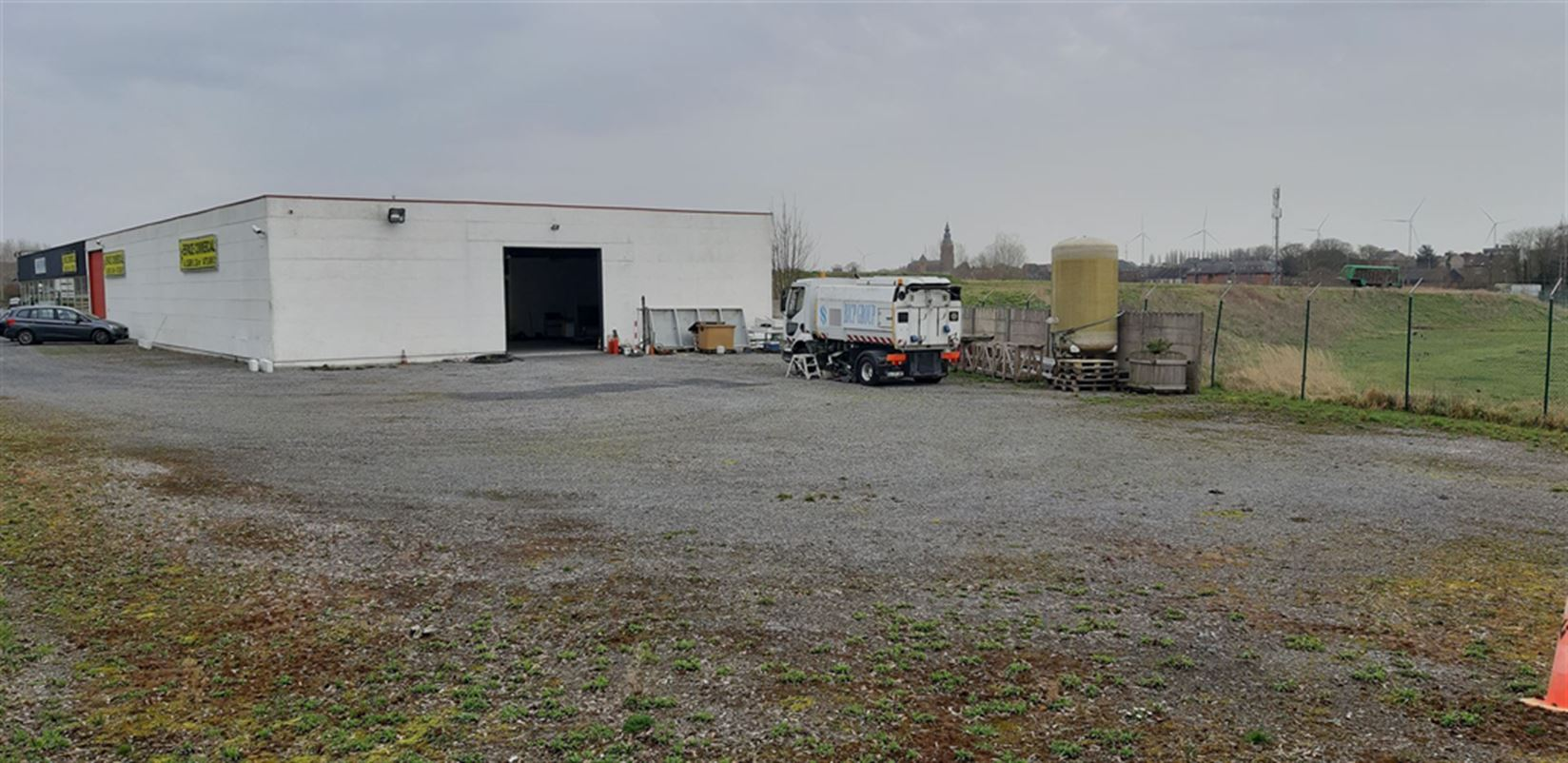 Foto 2 : Commercieel vastgoed te 7900 LEUZE-EN-HAINAUT (België) - Prijs € 1.440