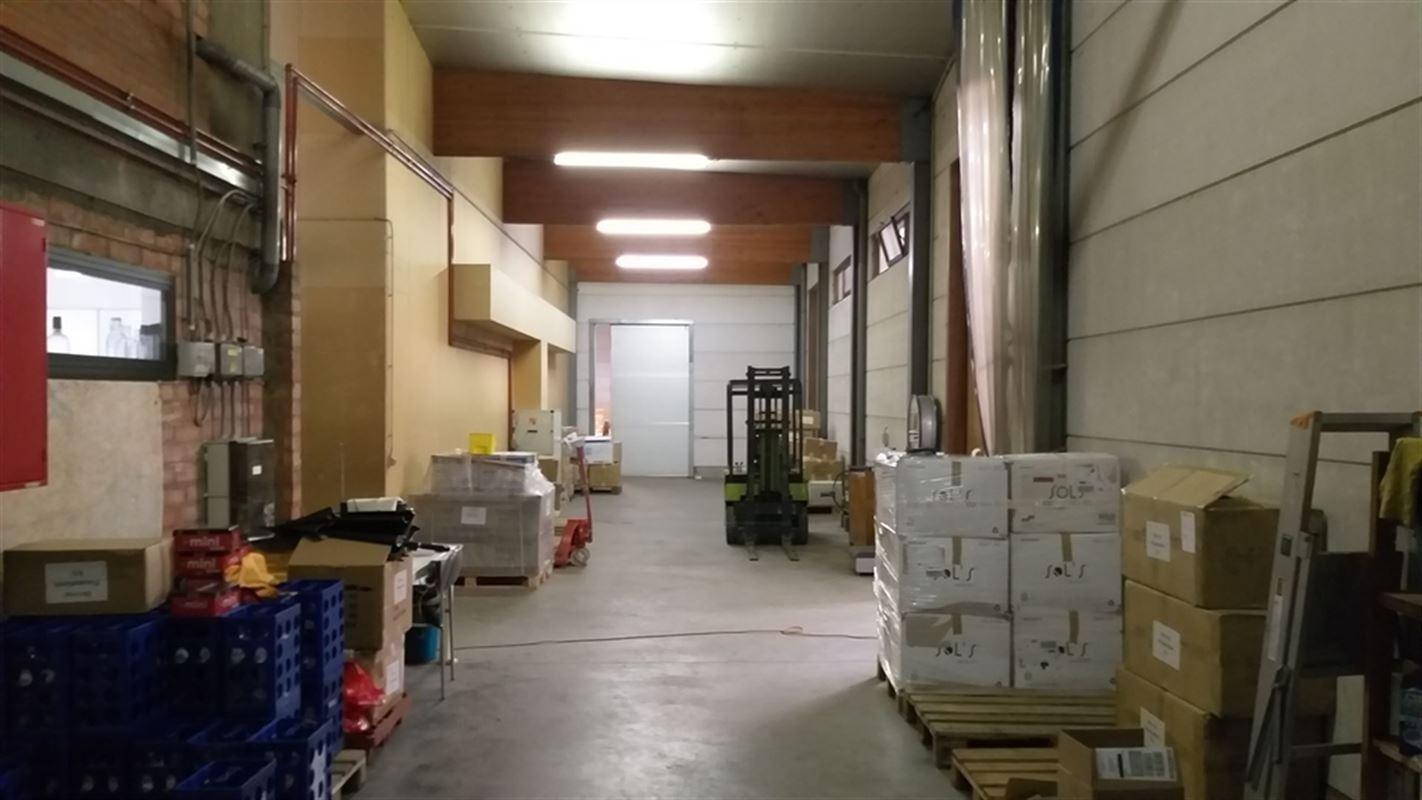 Foto 20 : Magazijn te 8710 OOIGEM (België) - Prijs € 945.000