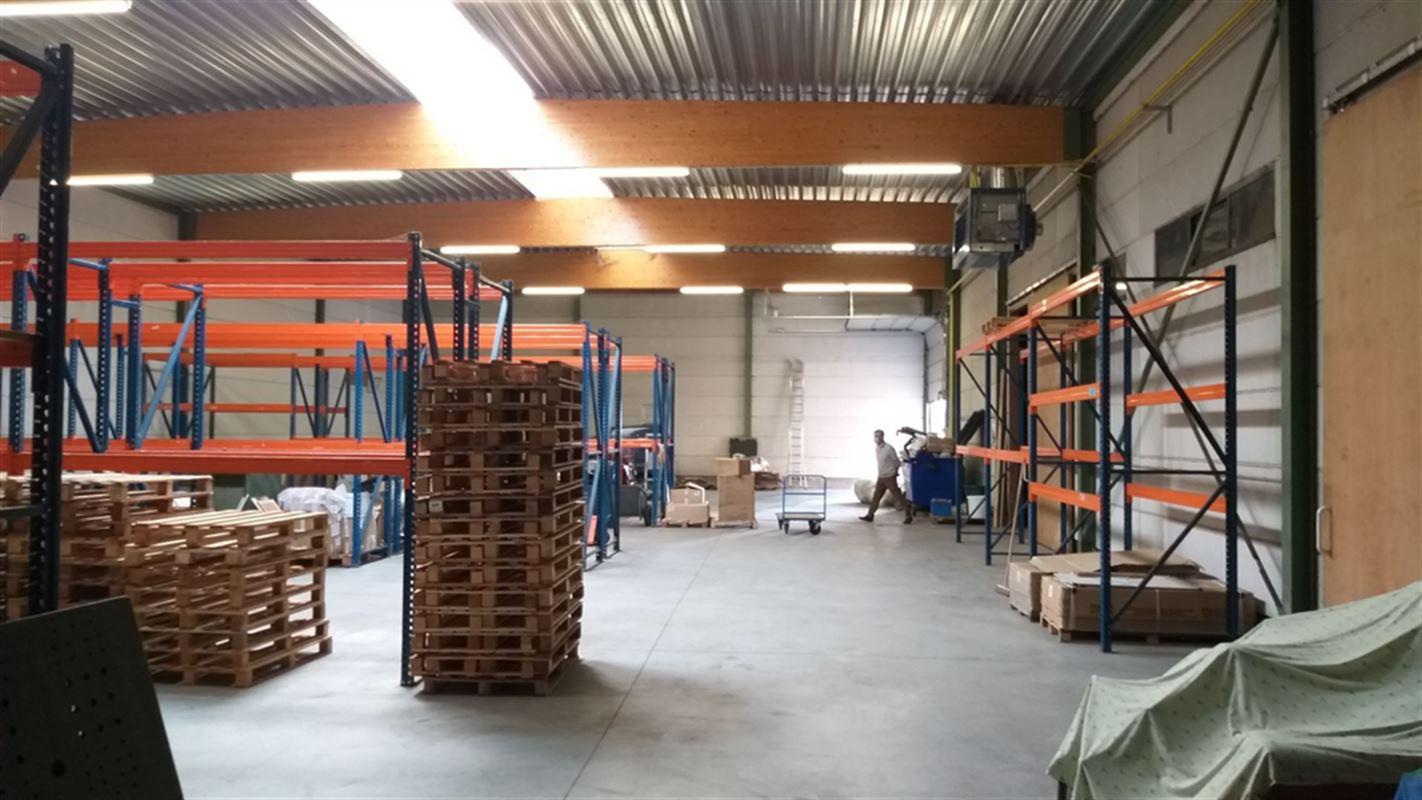 Foto 21 : Magazijn te 8710 OOIGEM (België) - Prijs € 945.000