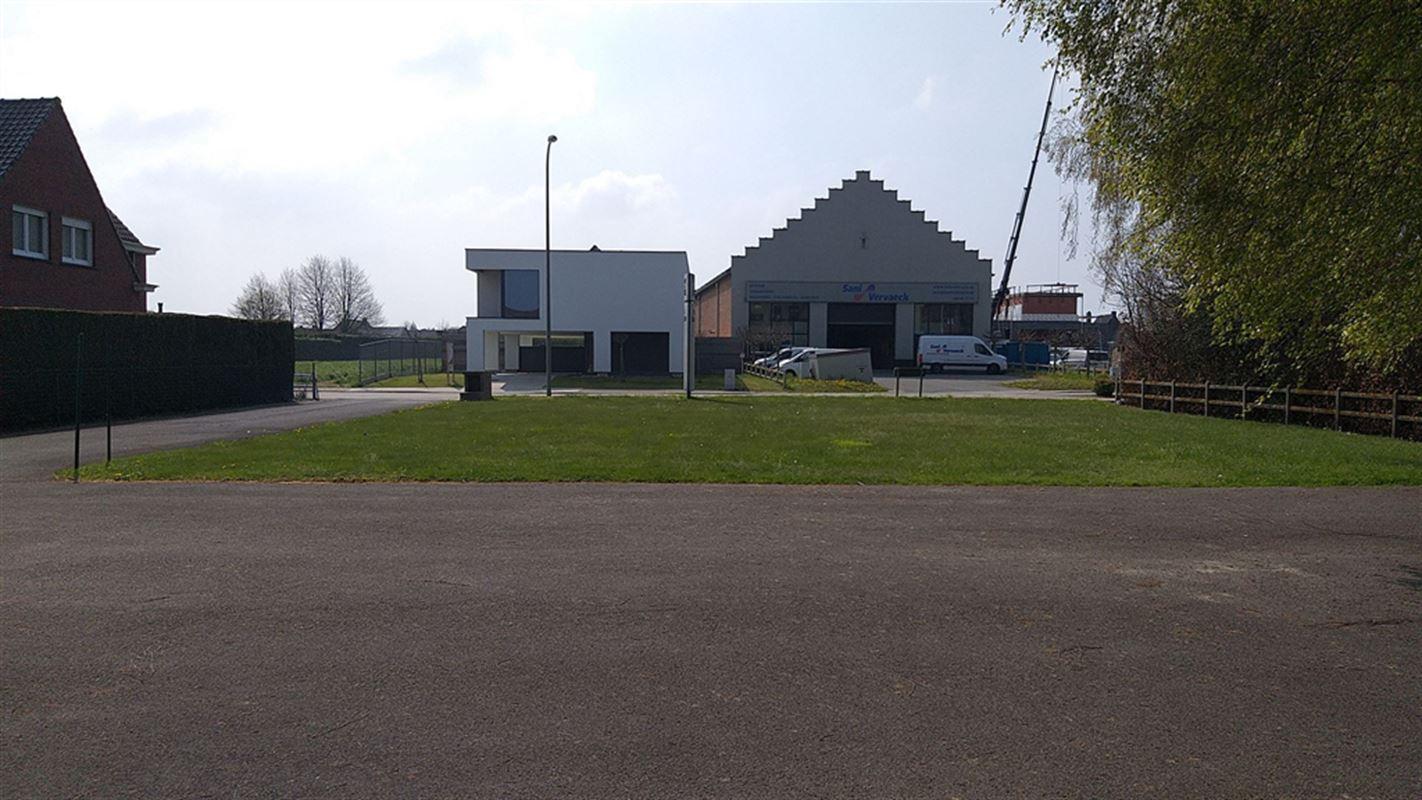 Foto 3 : Magazijn te 8710 OOIGEM (België) - Prijs € 945.000
