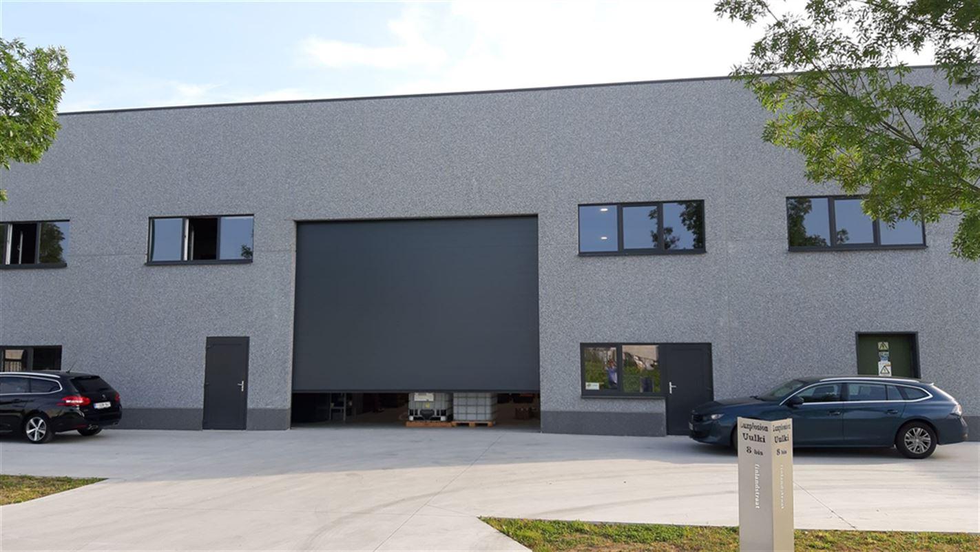 Foto 1 : Bedrijfsgebouwen te 9940 EVERGEM (België) - Prijs € 1.635