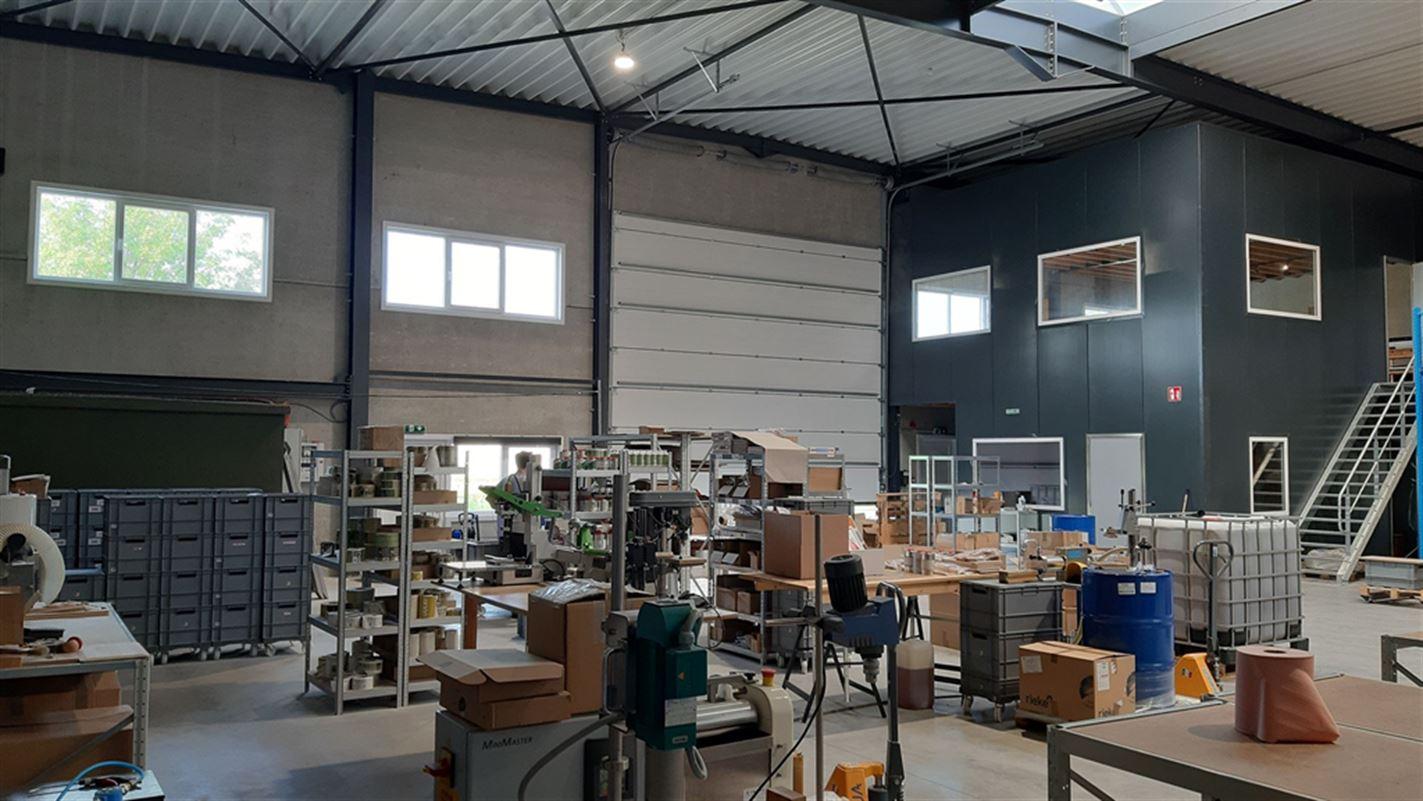 Foto 3 : Bedrijfsgebouwen te 9940 EVERGEM (België) - Prijs € 1.635