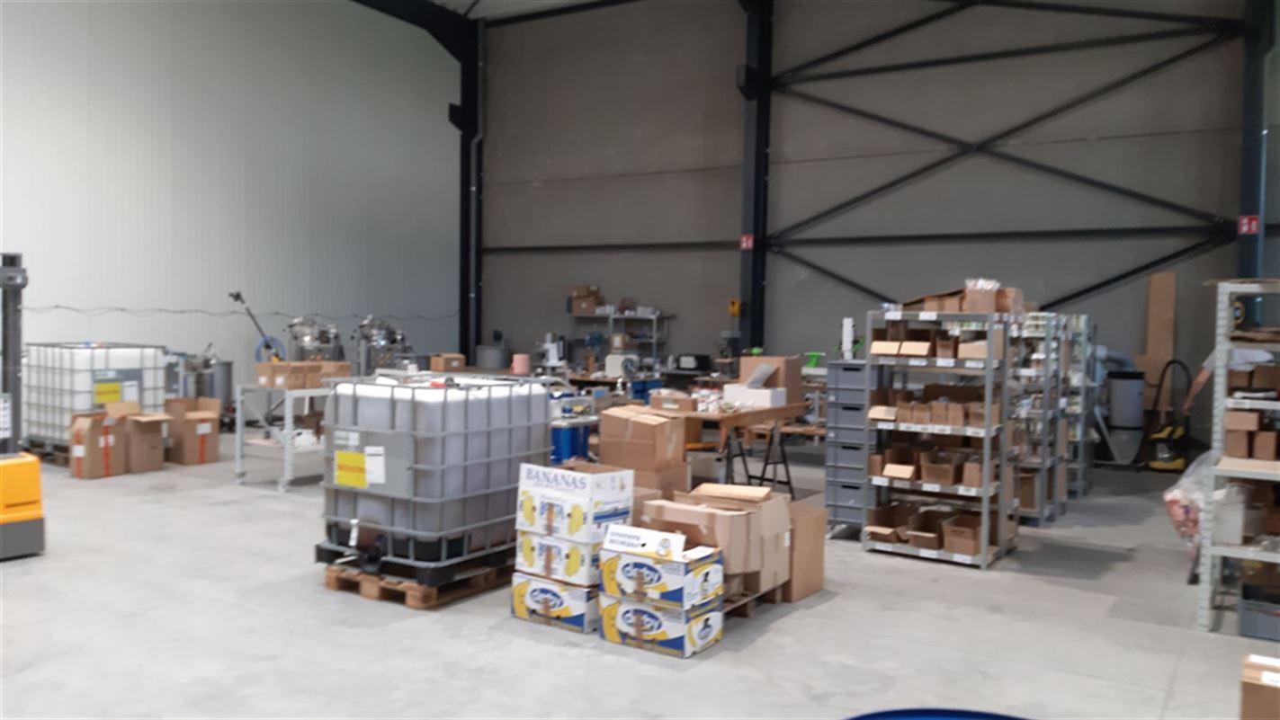 Foto 7 : Bedrijfsgebouwen te 9940 EVERGEM (België) - Prijs € 1.635