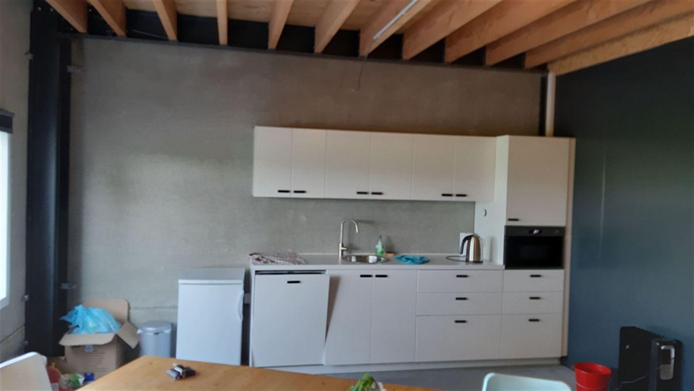 Foto 11 : Bedrijfsgebouwen te 9940 EVERGEM (België) - Prijs € 1.635