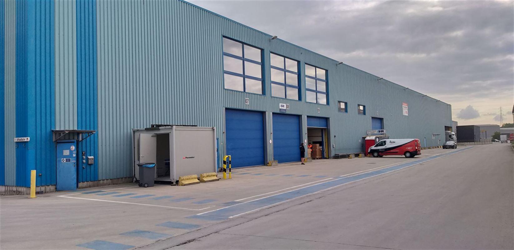 Foto 2 : Fabriek te 8710 SINT-BAAFS-VIJVE (België) - Prijs € 32.512