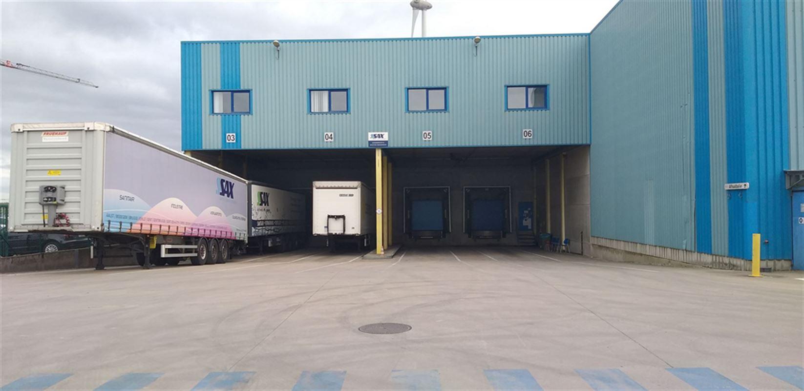 Foto 3 : Fabriek te 8710 SINT-BAAFS-VIJVE (België) - Prijs € 32.512