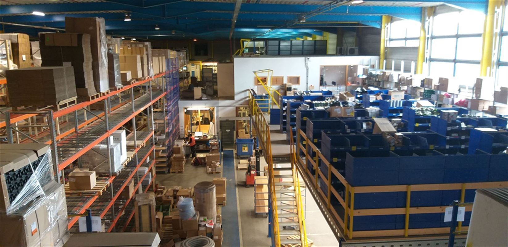 Foto 11 : Fabriek te 8710 SINT-BAAFS-VIJVE (België) - Prijs € 32.512