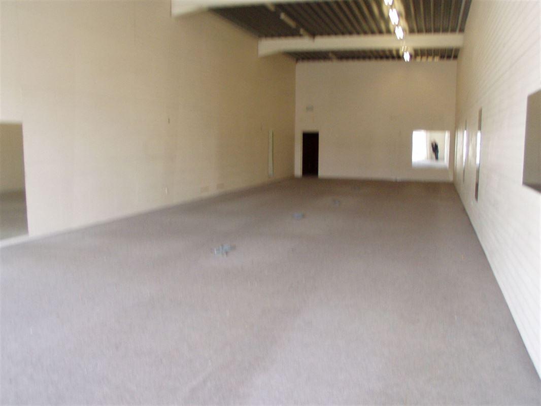 Foto 4 : Commercieel vastgoed te 8500 KORTRIJK (België) - Prijs € 850